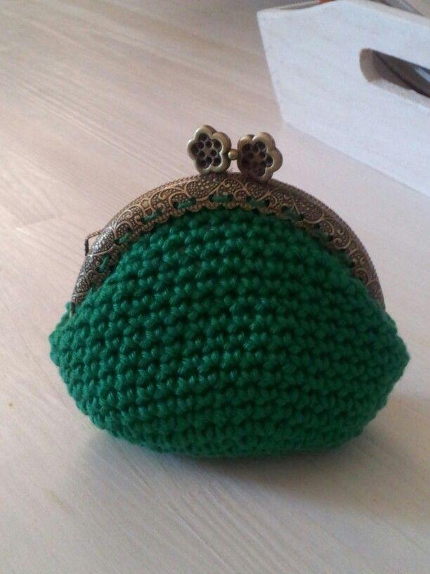 Borsellino verde uncinetto
