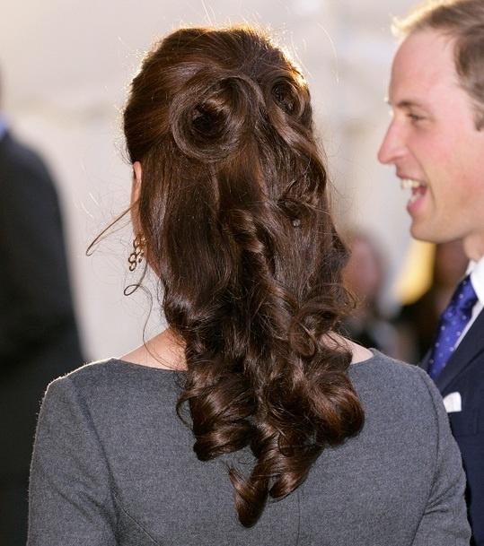 Kate Middleton hair - half up
