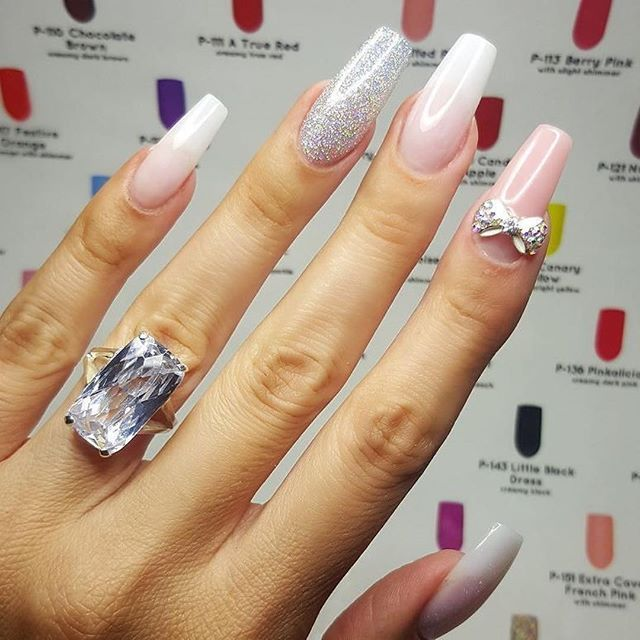 #Repost @tammytaylornailssouthafrica ・・・ Tammy Taylor Nails Acrylic is sO flawless and Gel Like.  Using P3 Pink acrylic, Original White and original pink with Ltd edition dazzlerocks called *Jewellery Box* With added Star Light Star Bright Gelegance For M