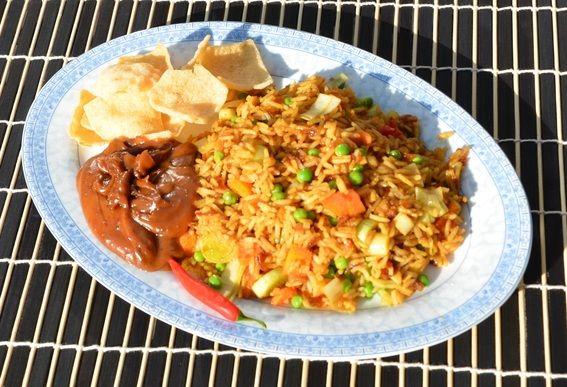 Nasi Goreng ofwel gebakken rijst...