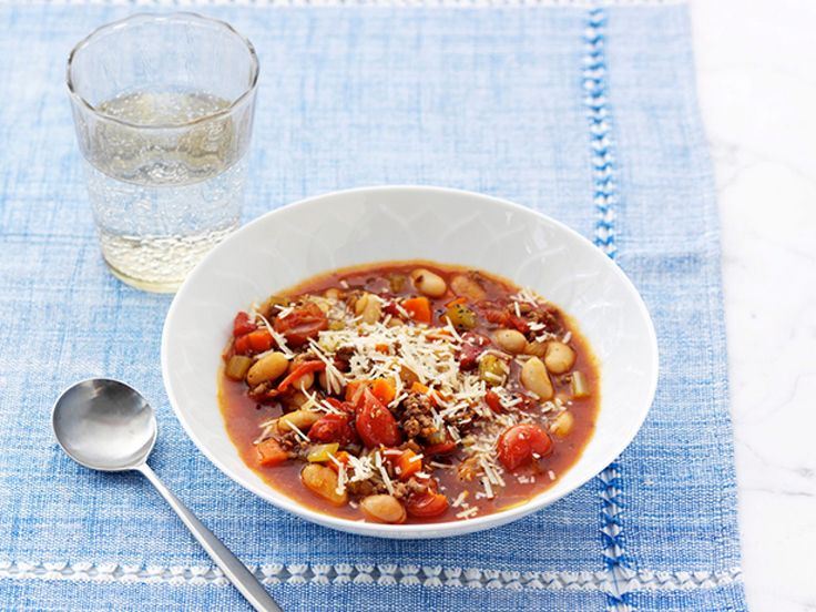 Get this all-star, easy-to-follow Beef and Cannellini Bean Minestrone recipe from Giada De Laurentiis