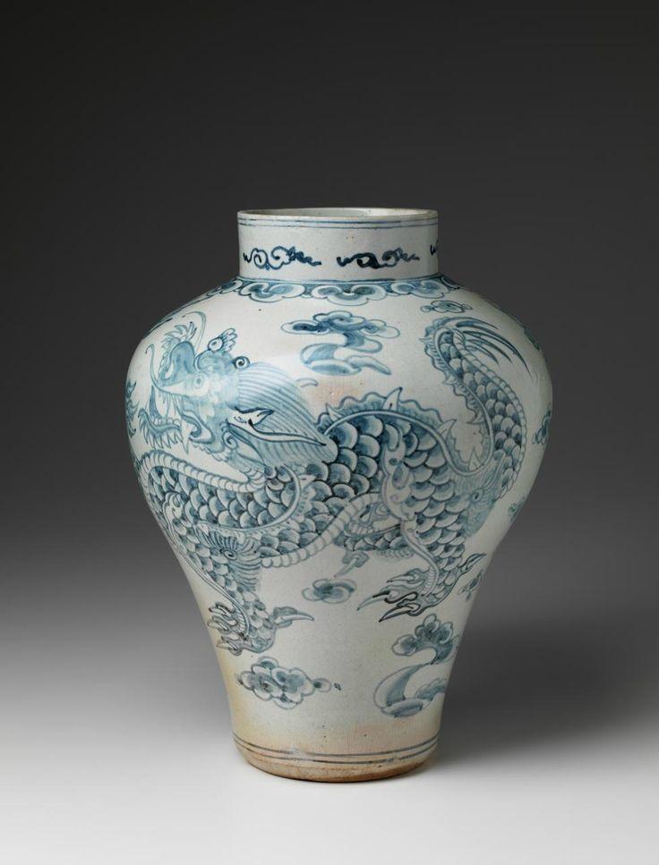 (Korea) Blue and White Porcelain Jar with Dragon. Joseon Kingdom, Korea. ca18th century CE. underglaze cobalt blue.