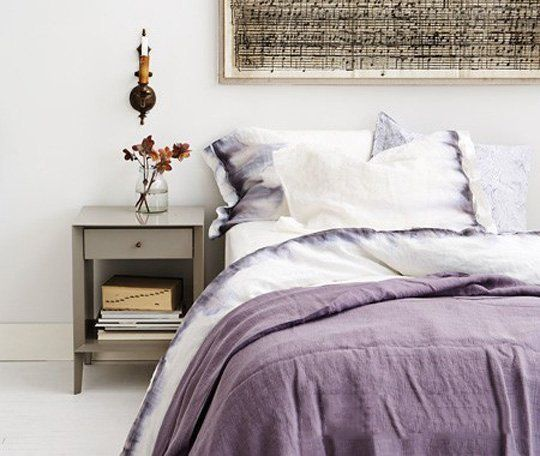 10 Ways to Makeover Your Home With a Sharpie   Simple ideas, using just the tip of a sharpie.  Via Apartment Therapy