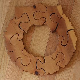 Shape of a Spoon: wooden wreath puzzle: a tutorial
