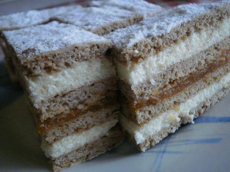 Balaton szelet, rengeteg krémmel! Mennyei édesség!