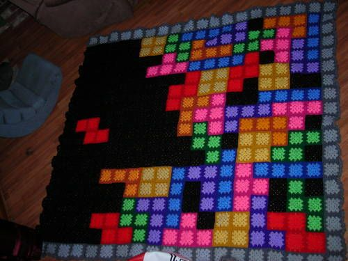 Granny Square Tetris Blanket - Would take me forever..and would probably give up unless I had help xD
