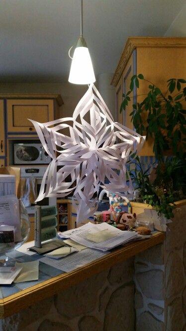 Étoile de Noël en papier