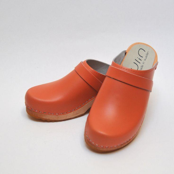Sabots suedois Ylin cuir orange