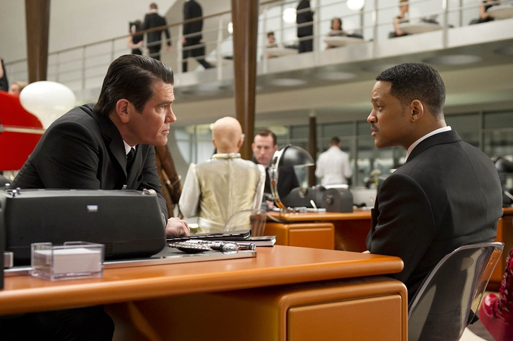 Men in Black 3, a eso es a lo que se le llama una buena película, y un  EXCELENTE final. And THAT man, is my hero (': ... forever loving this