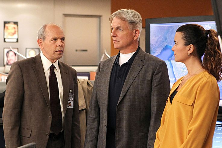 "gibbs' watch | Ziva, Gibbs and Fornell in a photo from ""Devil's Trifecta."" This NCIS ..."