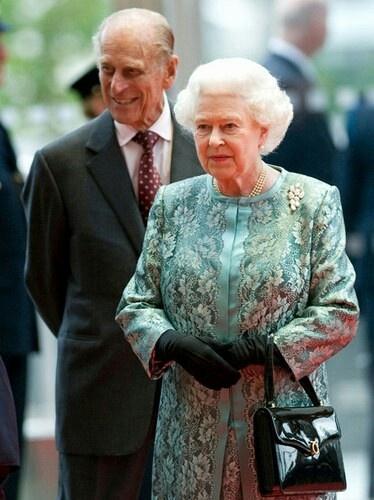 Queen elizabeth and her husband duke of edimburg