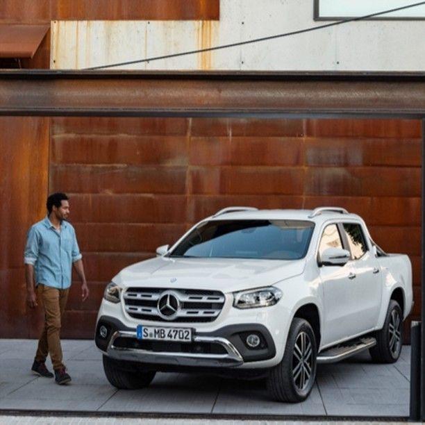 Mercedes-Benz aposta em 5 #trunfos para fazer #sucesso com sua #picape no Brasil. O principal deles é a oferta de caçamba com #luxo. Conheça os demais na reportagem de @UOLCarros #carros #cars #coches #auto #truck