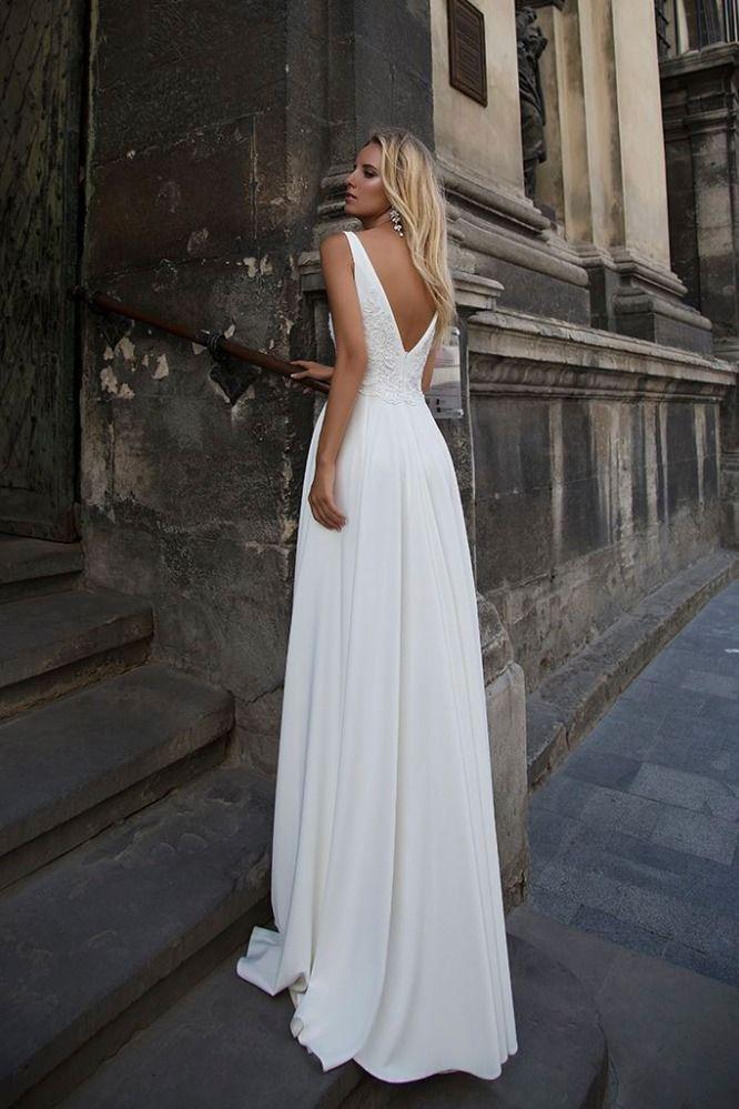 Simple Satin Bataeu Neckline Sleeveless Wedding Dress Plain Wedding Dress Long Bridal Gown Chiffon Wedding Gowns
