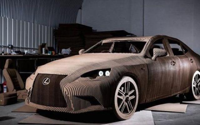 Un'auto ecologica fatta di carta? Esiste ed è la Lexus Origami Car! Lexus stupisce ancora con una geniale trovata! Le auto ecologiche non si limitano alla sola propulsione, ma sono attente a tutti i dettagli, a partire dai materiali usati. Lexus ha scelto la carta! #lexus #autoecologica #origami #carta
