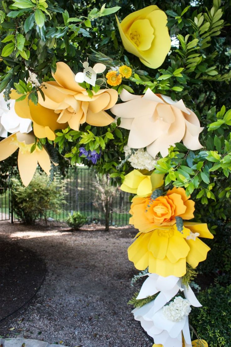 diy giant paper flower arch  one little minute
