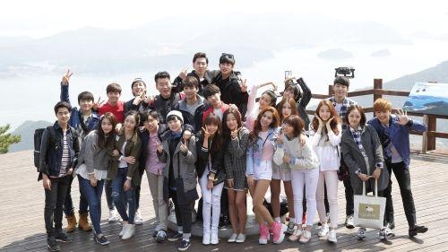 '블러드' 후속 '후아유-학교2015' 김소현·육성재 등 세강고 2학년 3반 단체컷 :: 뉴스핌