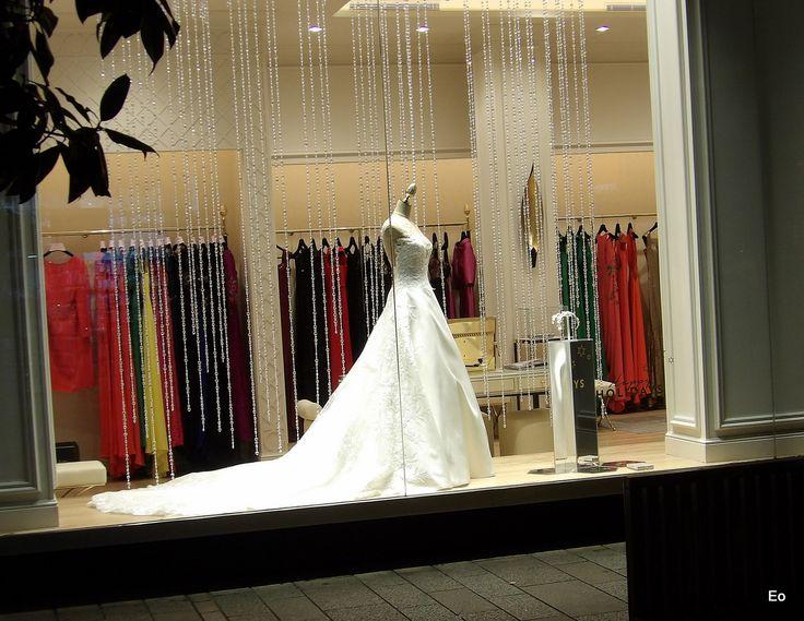 https://flic.kr/p/21jyeHu | Blanca y radiante | Ahi es nada ese lujazo de traje con cifra de venta de al menos seis ceros...