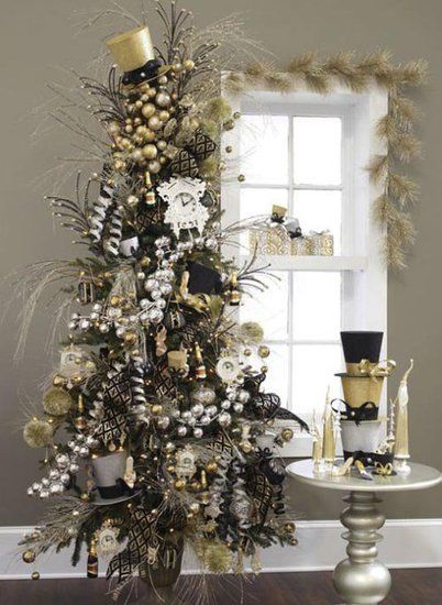 Great for New Years Eve!!!! RAZ 2012 Champagne and Sparkles Tree.....Be sure to watch this Christmas Tree Slideshow. These are some beautiful trees!