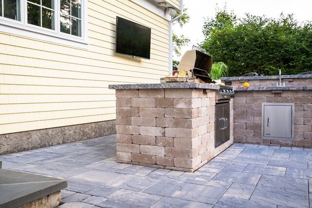 An Outdoor Kitchen Is An Absolute Must Have When It Comes To Redesigning Your Outdoor Living Space Get The Outdoor Living Outdoor Kitchen Outdoor Living Space