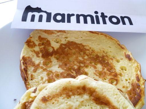 Pancakes faciles - Recette de cuisine Marmiton : une recette