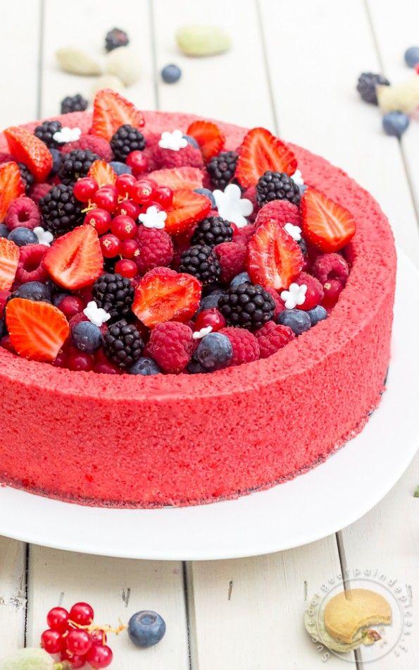 Entremets frais aux fruits rouges et au lait d'amande | Sucre d'Orge et Pain d'Epices