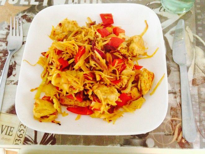 Koolhydraatarm recept met witte kool met kipfilet en kerrie