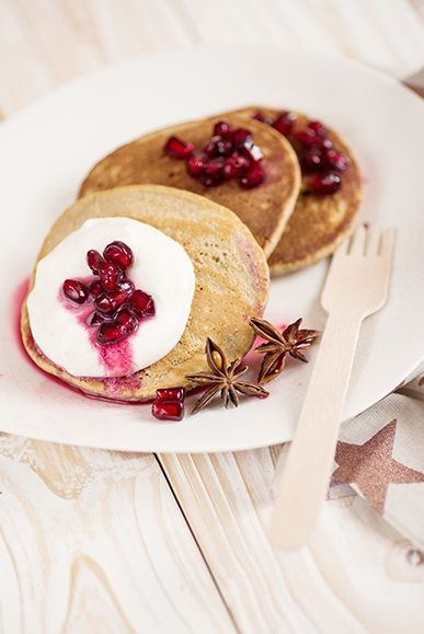 Chai pancakes with cinnamon cream and pomegranate. Yummy Christmas Recipe