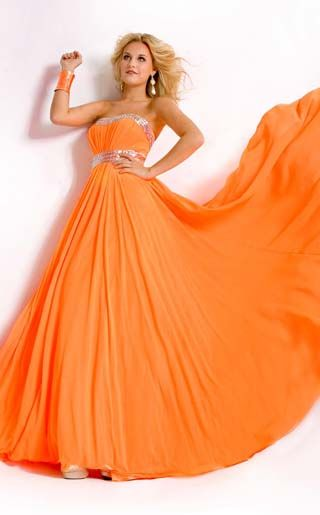 #NewYorkDress Blog // Is Orange is the New Black? Inspired by our new favorite TV show, our color trend of the week is #orange! // Click through for more! // Dress: #Party Time 6018