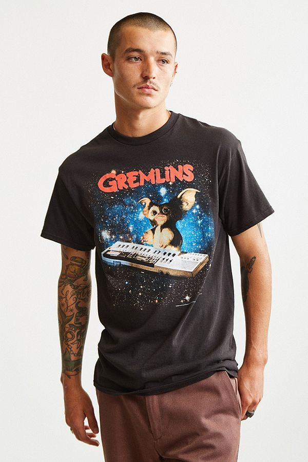 Slide View: 2: Gremlins Gizmo Keyboard Tee