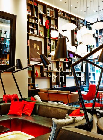 Best style steal runner up citizenm new york times square for Interior design new york times