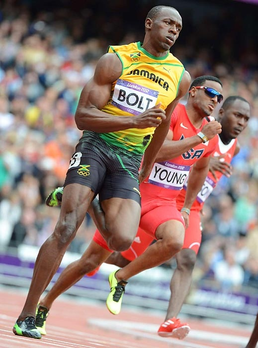 Usain Bolt cruised to an easy win in his 200-meter preliminary race. The final is scheduled for Thursday. #london2012
