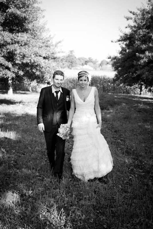 http://thisdayforward.com.au/  Photo wedding France, dress, flowers