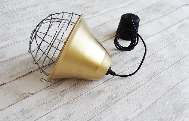 Lampa wisząca dzwonek w stylu industrialnym. - Kolorum - Lampy sufitowe