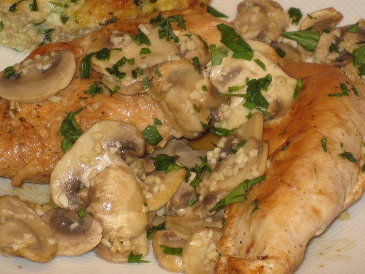 Chicken with Mushroom in White Wine Sauce | Chicken ...