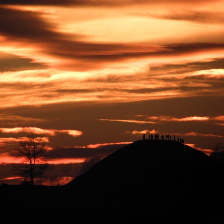 So many people over there (on the mound) admire the sunset with me :)                           #nature #beauty #sunset #natura #piekno #zachodslonca #zachódsłońca #poland #cracow #polska #krakow #kraków