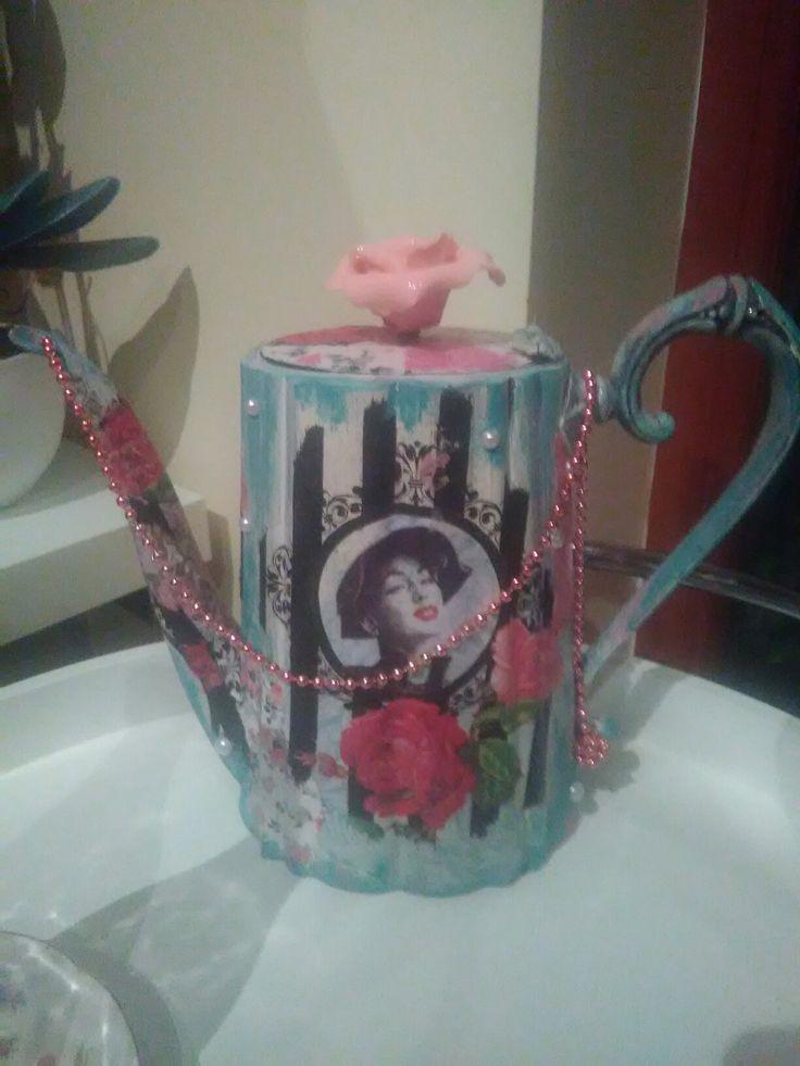 Shabby chic decoupaged teapot!