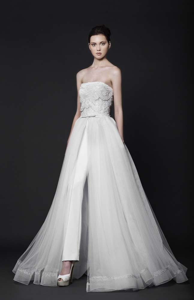 Abito da sposa con gonna a pannello e pantaloni matrimonio abitodasposa  tailler weddingdress bridedress