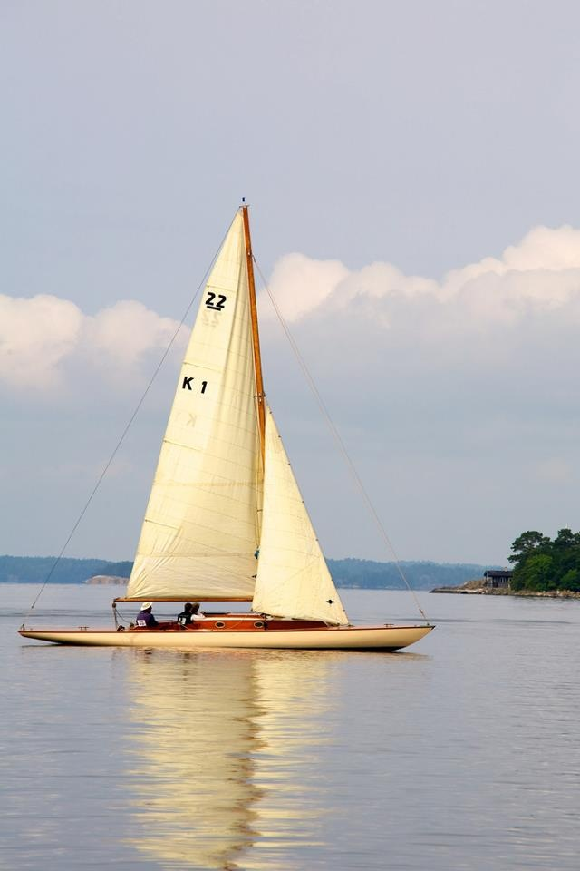 "22 meter yacht ""Vigilant"""