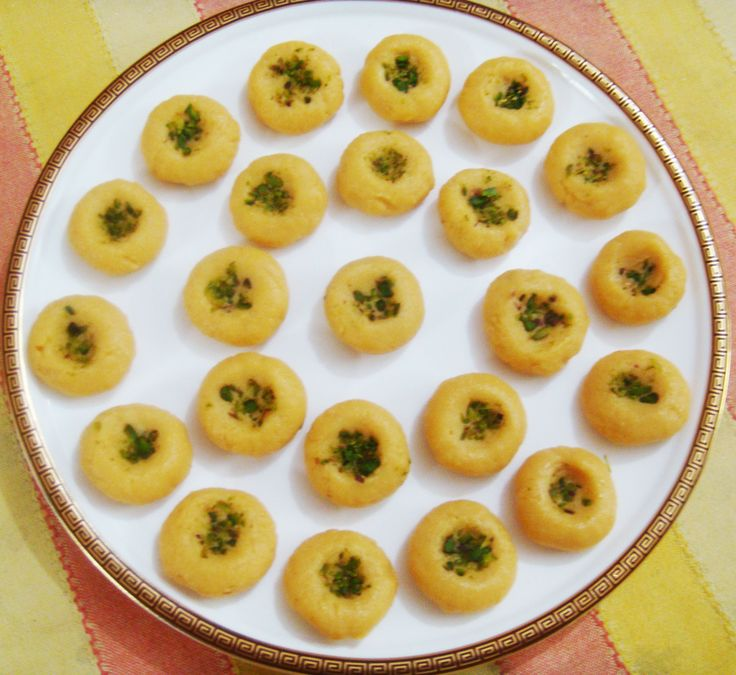 Malai Peda Recipe/ Kesar Malai Peda/ Malai Peda With Cheese