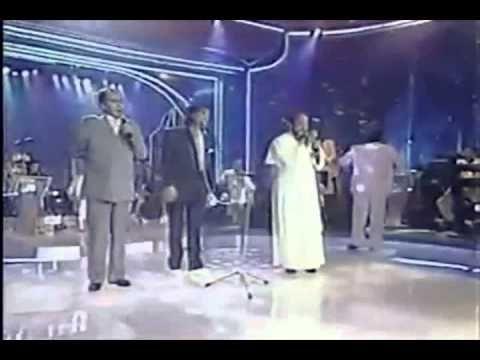 Padre Zezinho no Especial Roberto Carlos 1997 - YouTube