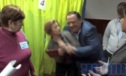 Синие свитера на выборах