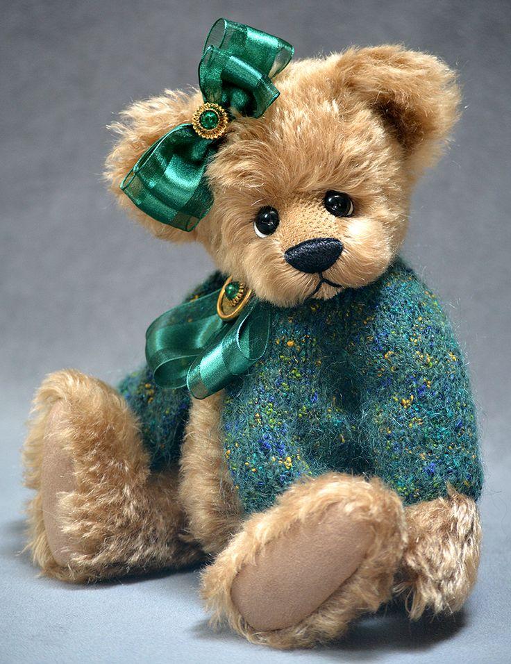 Prudence OOAK Mohair Teddy Bear by Vicky Lougher