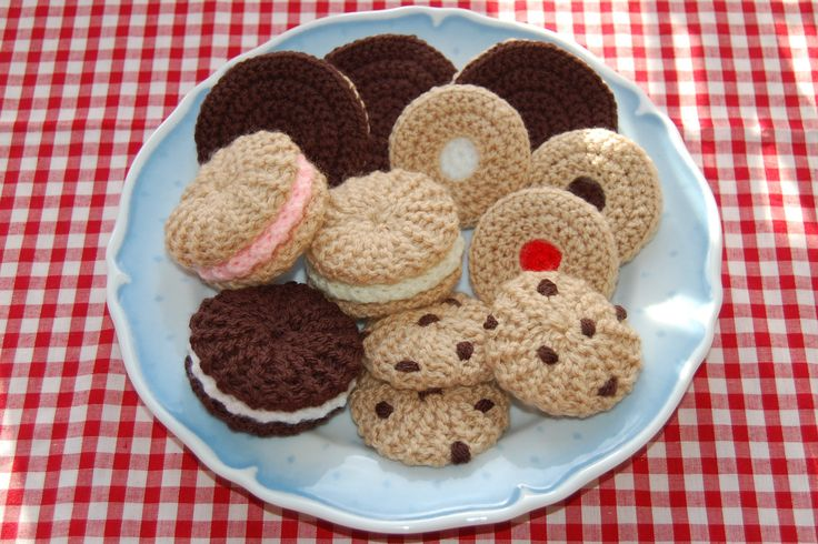 Crochet cookies - Biscuit Selection - Knitted / Crocheted Food #knittedfood #crochetedfood…