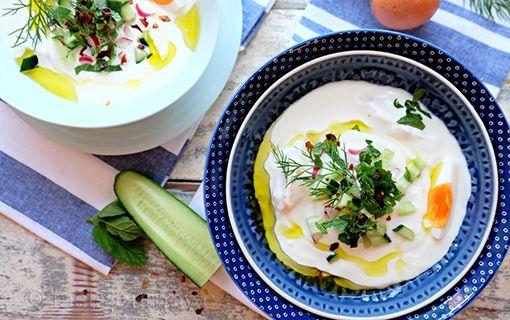 Řecký+jogurt+je+jedním+největších+vynálezů+všech+dob.+Chladivý+a+osvěžující+v+letní+polévce.