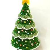 Crochet Christmas Tree  - via @Craftsy