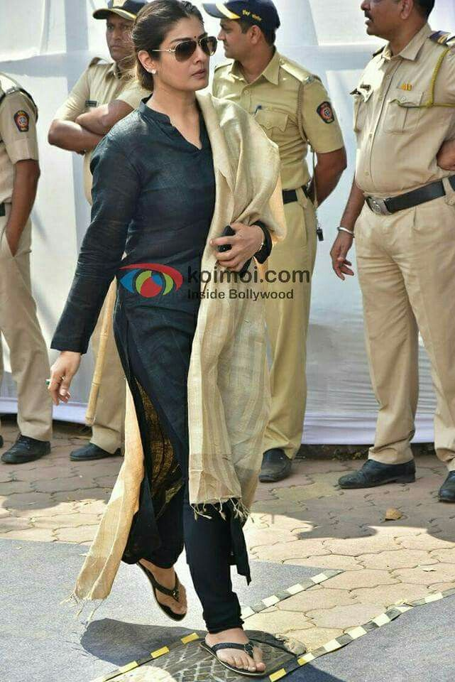 Bollywood celebs paid last tribute to RIP Sridevi ji