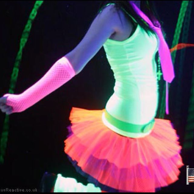 neon outfits hair bows dark parties rave outfits neon glow in the