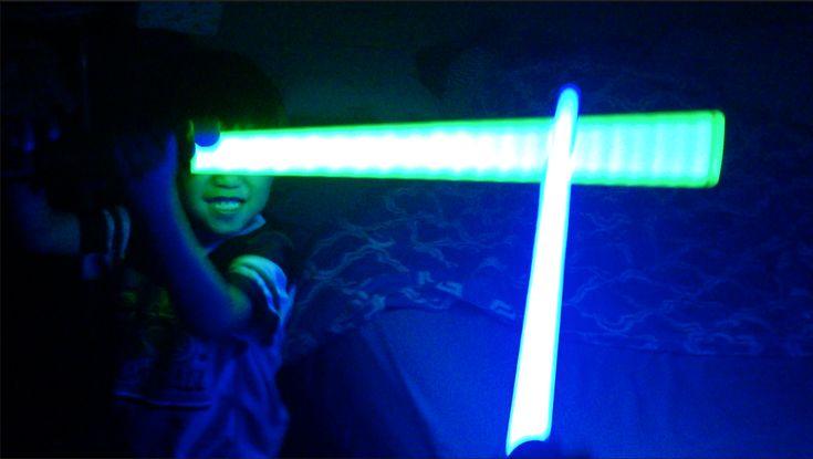 Star Wars!!! Lightsaber duel! #funkidstoyhouse #Starwars