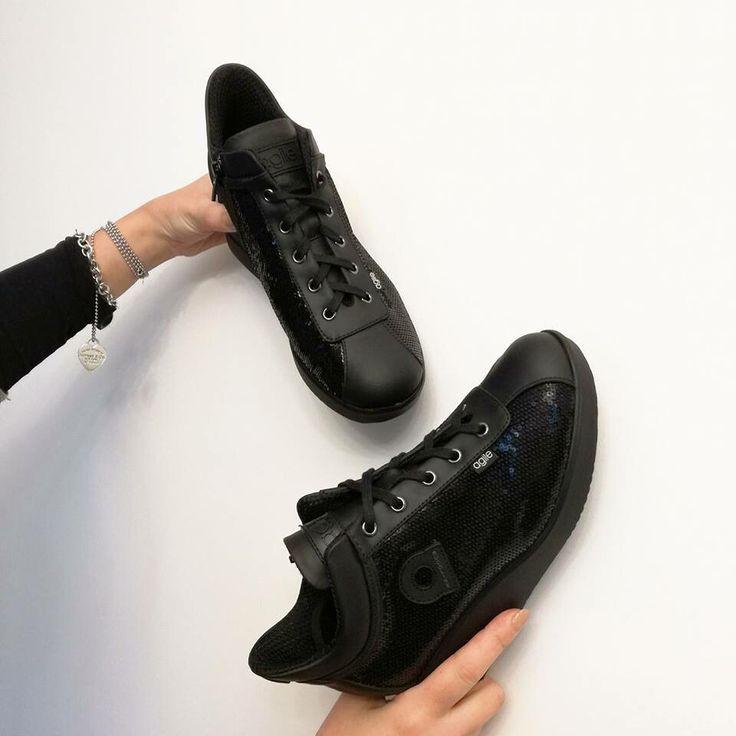 Comoditá e bellezza #agilebyrucoline riccishop.it #riccishop #shoponline #rucoline #sale #saleoff #sconti #belle #comode #black #moda #fashionista #fashion #fashionshoes #shoes #bestshoes #shoesaddict #venafro #isernia #molise #italy #italianbrand #multibrandstore #loveshopping