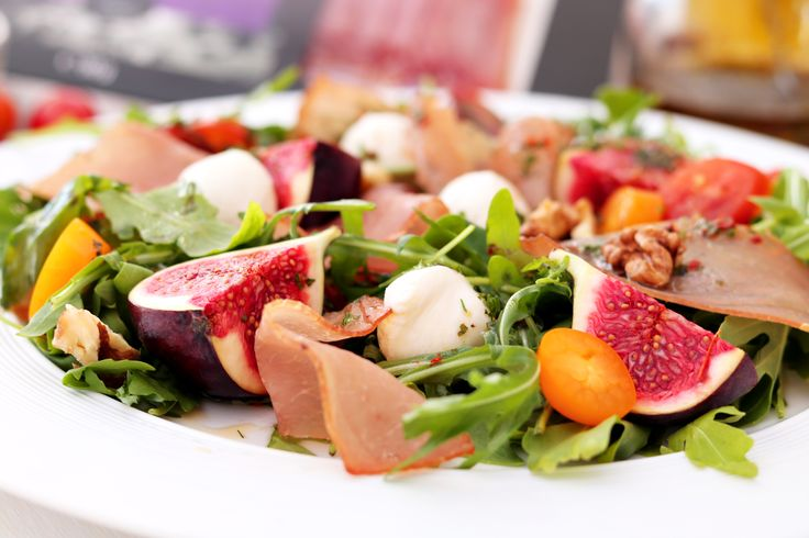 Salată de toamnă cu mușchi crud-uscat | rețeta video